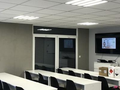 budynek-firmowy02