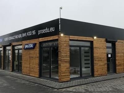 budynek-firmowy04